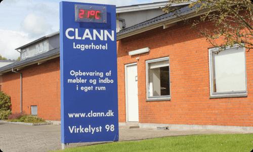 CLANN skilt udenfor bygning
